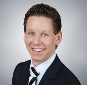 """""""Wie unsere Studie zeigt, kommen Unternehmen ab 50 Mitarbeitern beim Betrieb ihrer ERP-Lösung mit Abas kostengünstiger weg als bei Mitbewerbern"""", berichtet Techconsult-Analyst Max Schulze. © Techconsult"""
