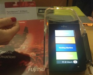 Fujitsu-Hand2