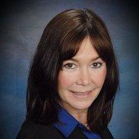 """""""Microsofts Position im Leaders Quadrant ist primär getrieben durch eine starke Vision und Roadmap für die Produkte sowie ein klares Verständnis dafür, dass der Markt nach einer Plattform verlangt, die sowohl bei der Datenhaltung als auch bei der Datenanalyse stark ist"""", berichtet Rita Sallam, Vice President Research bei Gartner."""